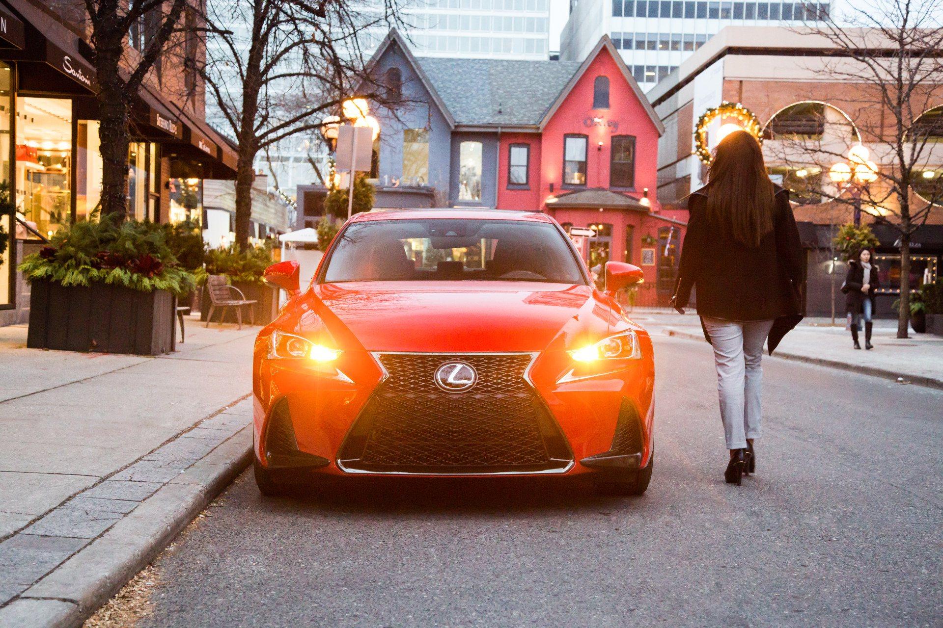 2018 Lexus IS Exterior at Ken Shaw Lexus in Toronto