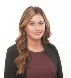 Claudia  Arruda