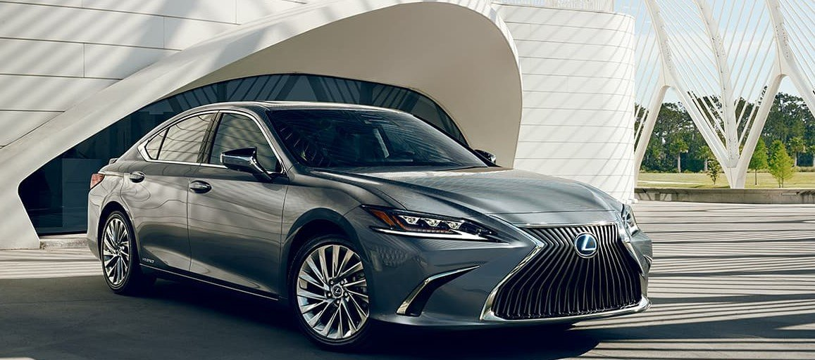 2020 Lexus ES Hybrid at Ken Shaw Lexus in the Greater Toronto Area GTA, Ontario, Canada