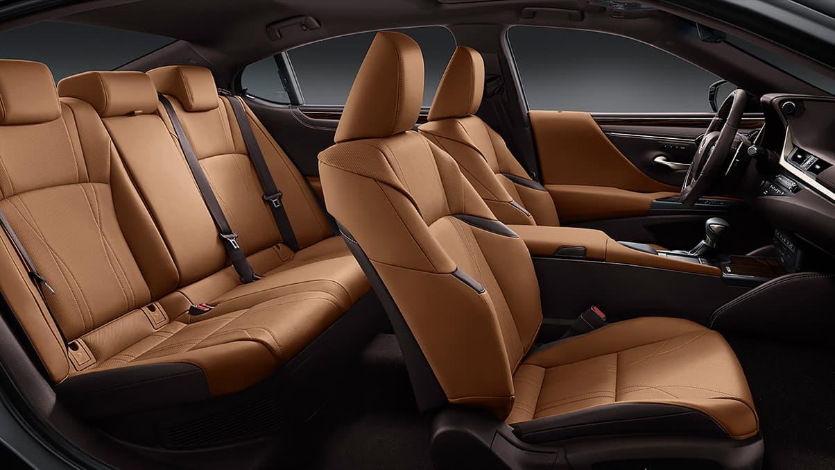2020 Lexus ES Interior at Ken Shaw Lexus in Toronto