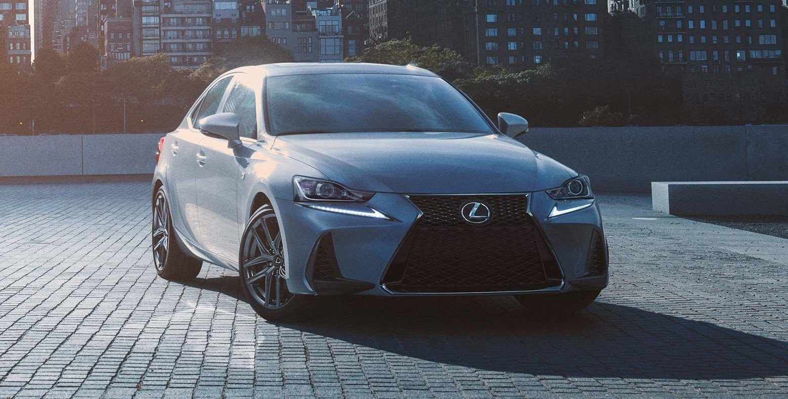 2020 Lexus IS at Ken Shaw Lexus in the Greater Toronto Area GTA, Ontario, Canada